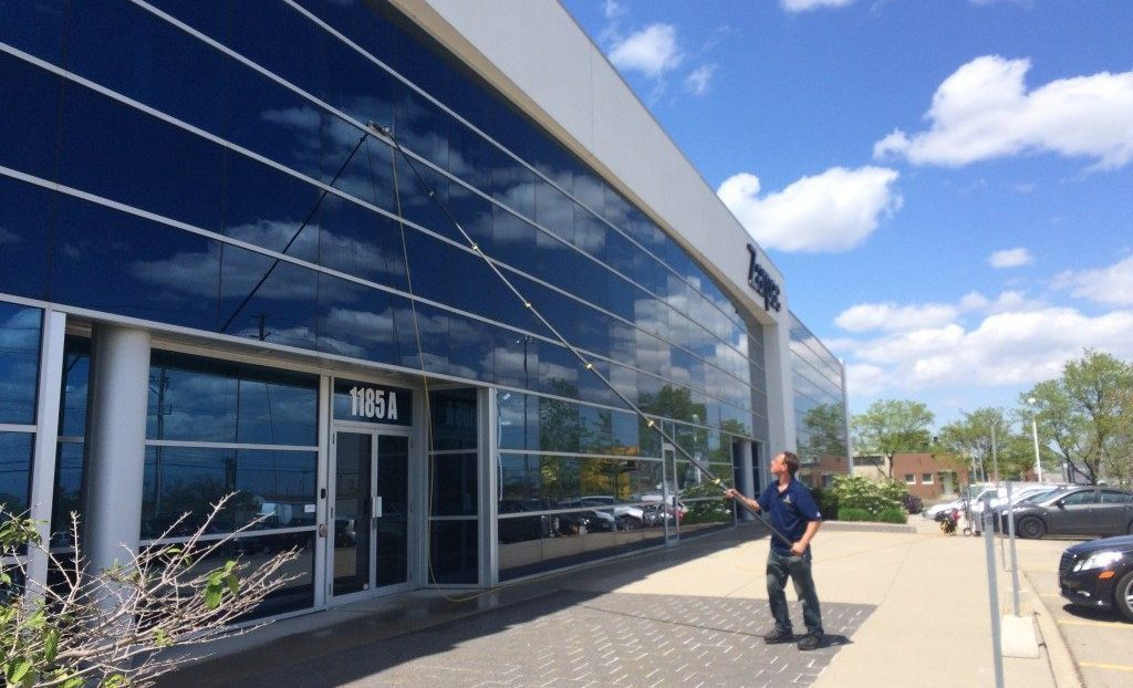 window cleaning mississauga
